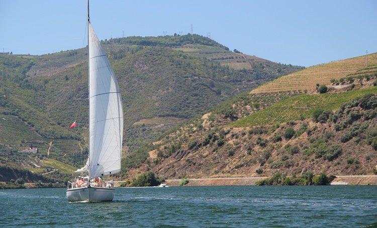 douro-a-vela-sailling-cruise.jpg