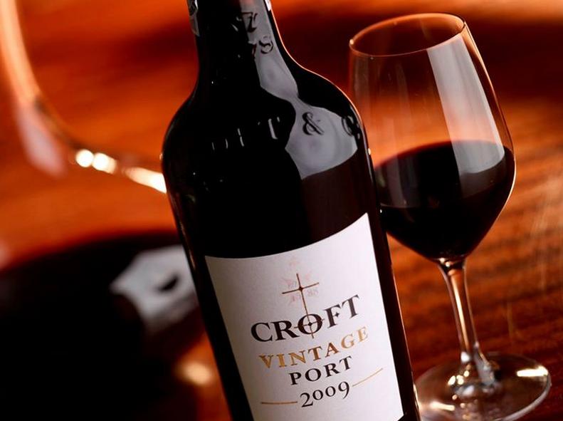Wine tasting tours in porto caves Croft, croft wine tasting tours in porto, best port wine cellar, port wine tasting, port wine lodges porto, port wine tasting tours
