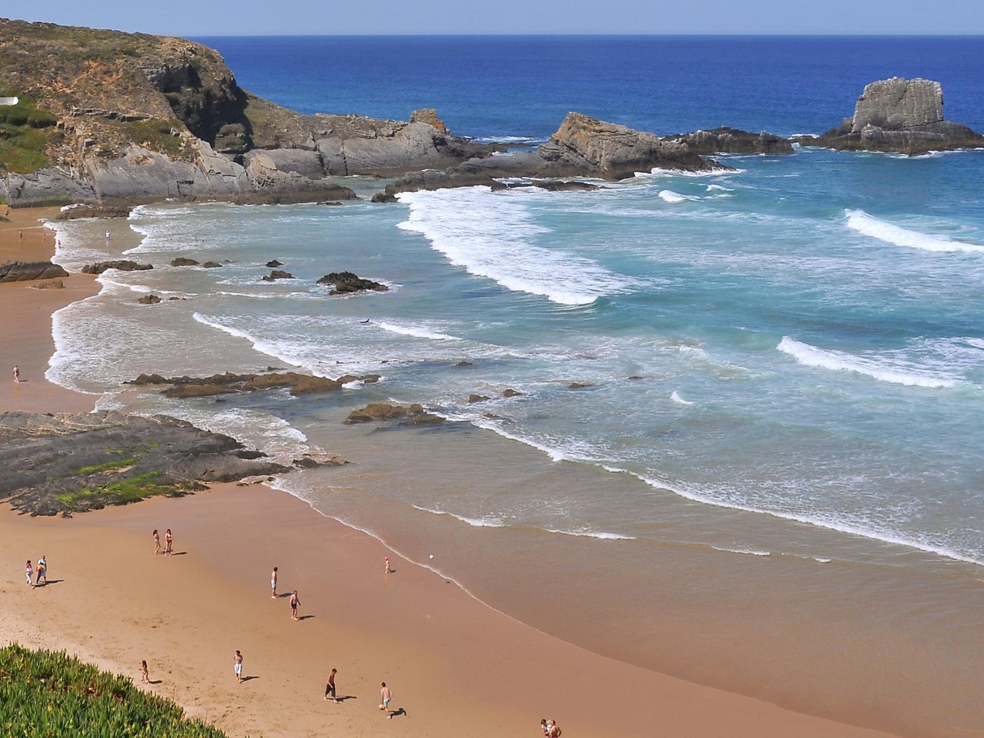 visit beach in Alentejo