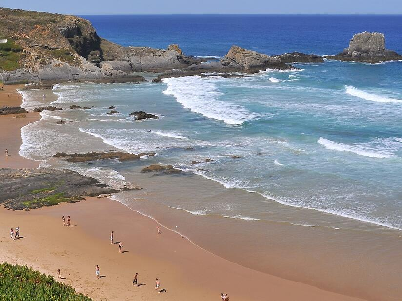visit beach in Alentejo