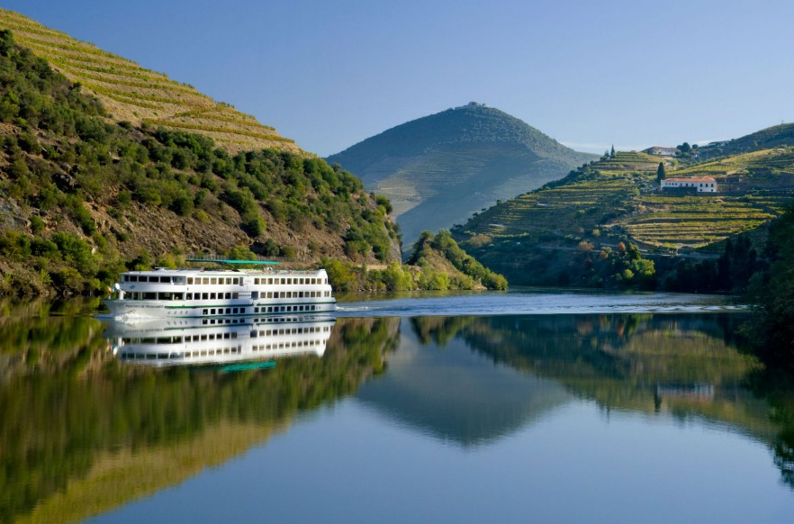 5 Things to Do in Portugal in the Summer - Douro River Cruises