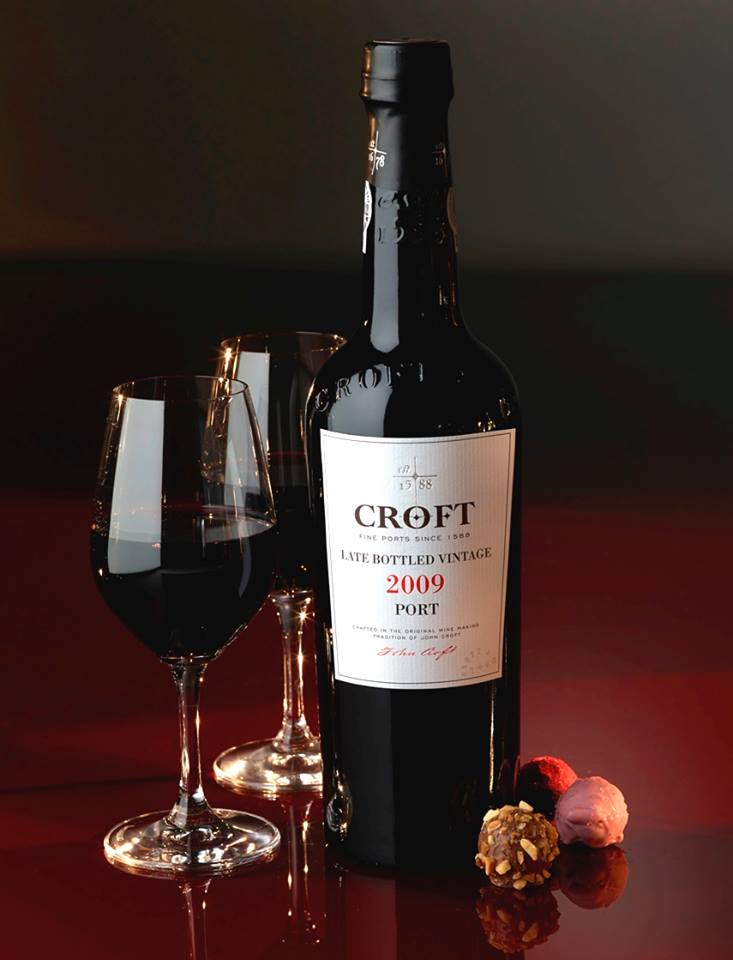 caves croft, wine and chocolate, christmas in porto, winter getaway in porto, porto, what to do in porto, best things to do in porto, port wine cellars, best port wine tours, best wine tours in porto