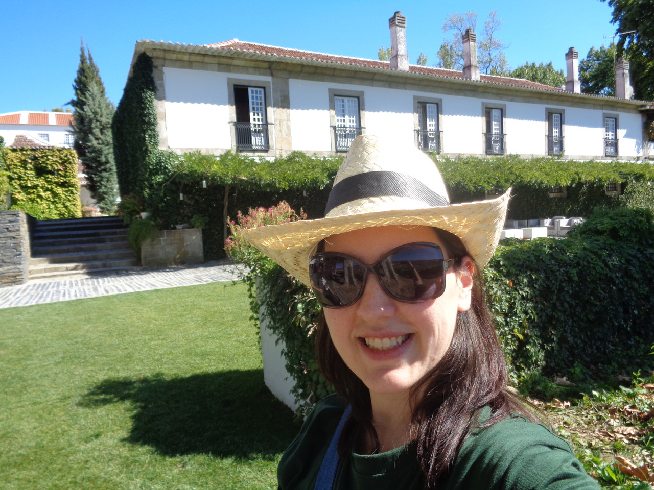 wine harvest in Portugal, wine tours in portugal, wine tours in douro, quinta da pacheca
