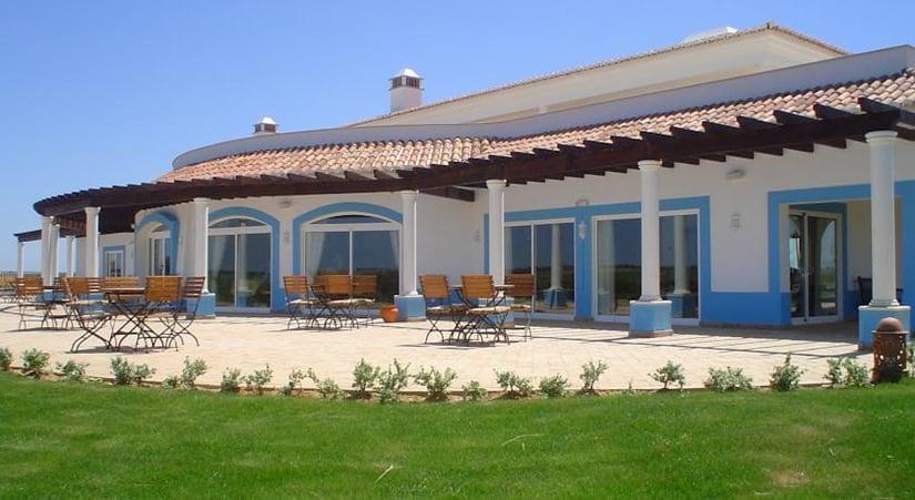 herdade dos grous, visit alentejo, alentejo wine estates
