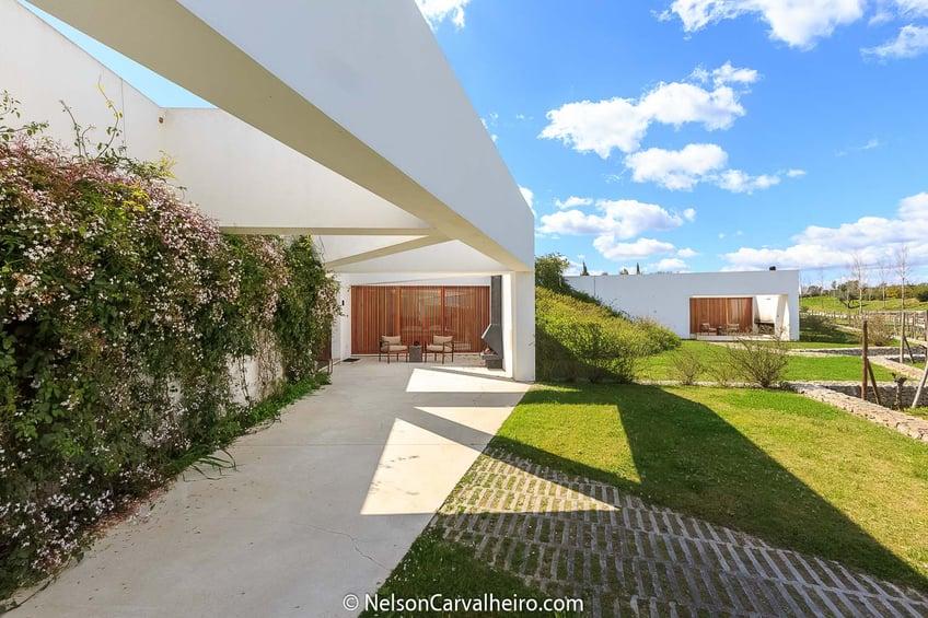 Nelson_Carvalheiro_Alentejo_Wine_Travel_Guide_LAND-3