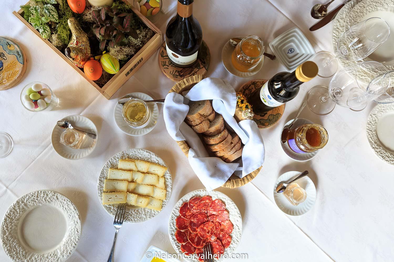 Alentejo Wine Travel Guide - Monte da Ravasqueira - Wine & Food Experience