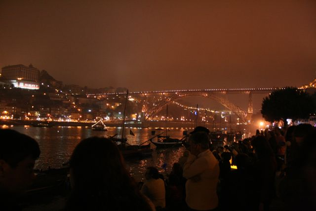 Noite_de_So_Joo_no_Porto_wikipedia-1