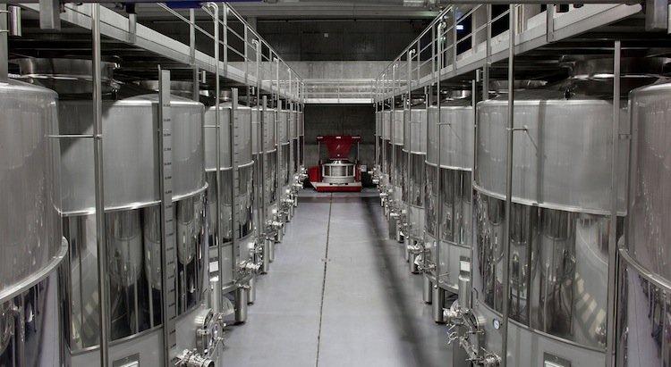 adega mae, winery near lisbon
