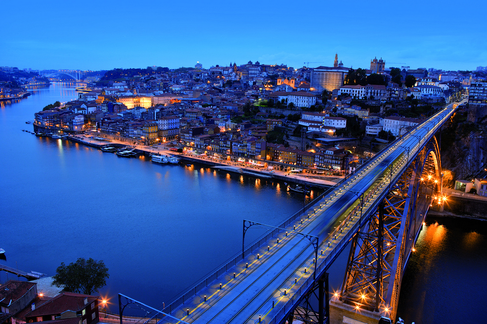 Porto at night sightseeing