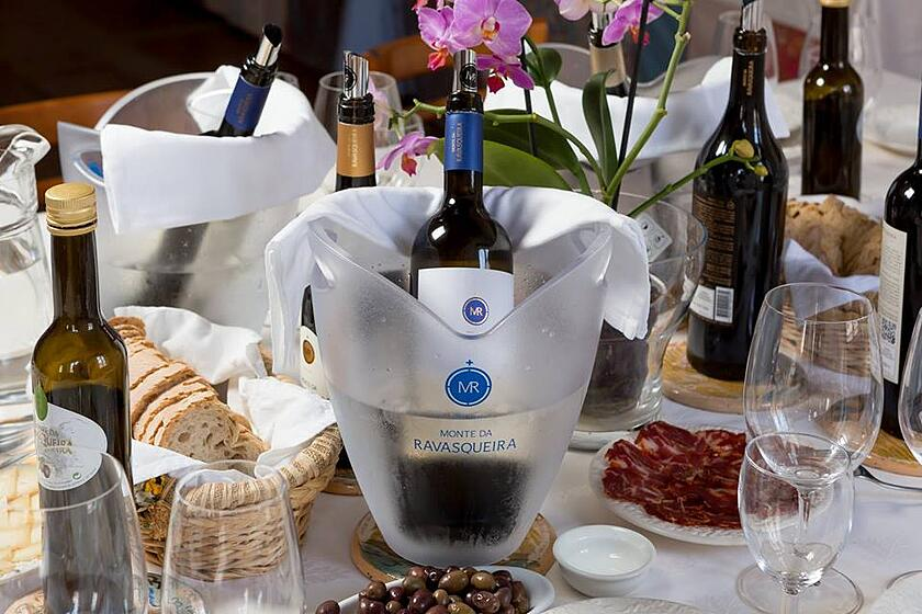 monte da ravasqueira, best wine and food tours in alentejo, wines from alentejo, travel to alentejo, taste wine in alentejo, regional products in alentejo