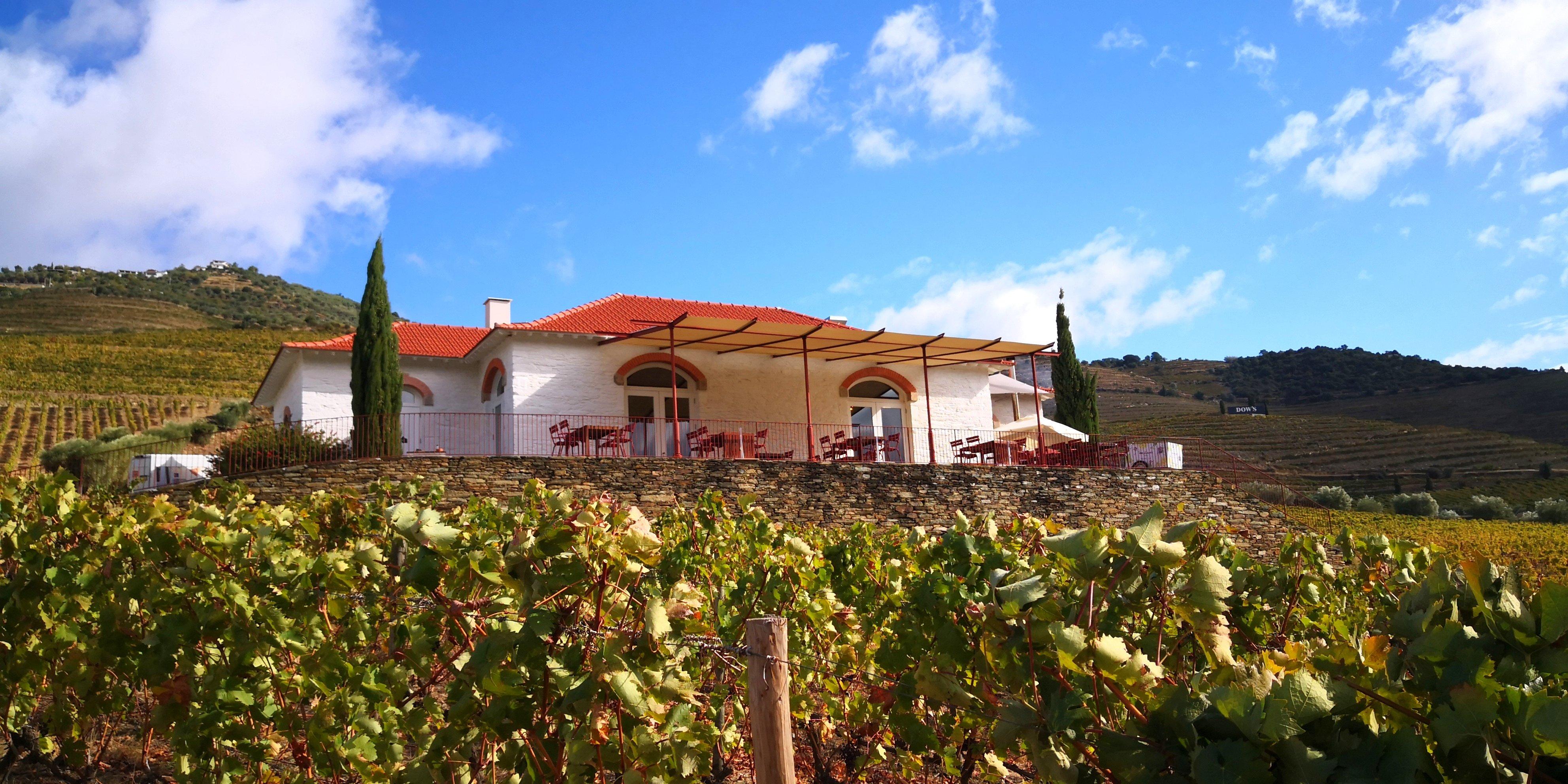 Casa_dos_Ecos_01,_Pinhão,_Vila_Real,_Portugal