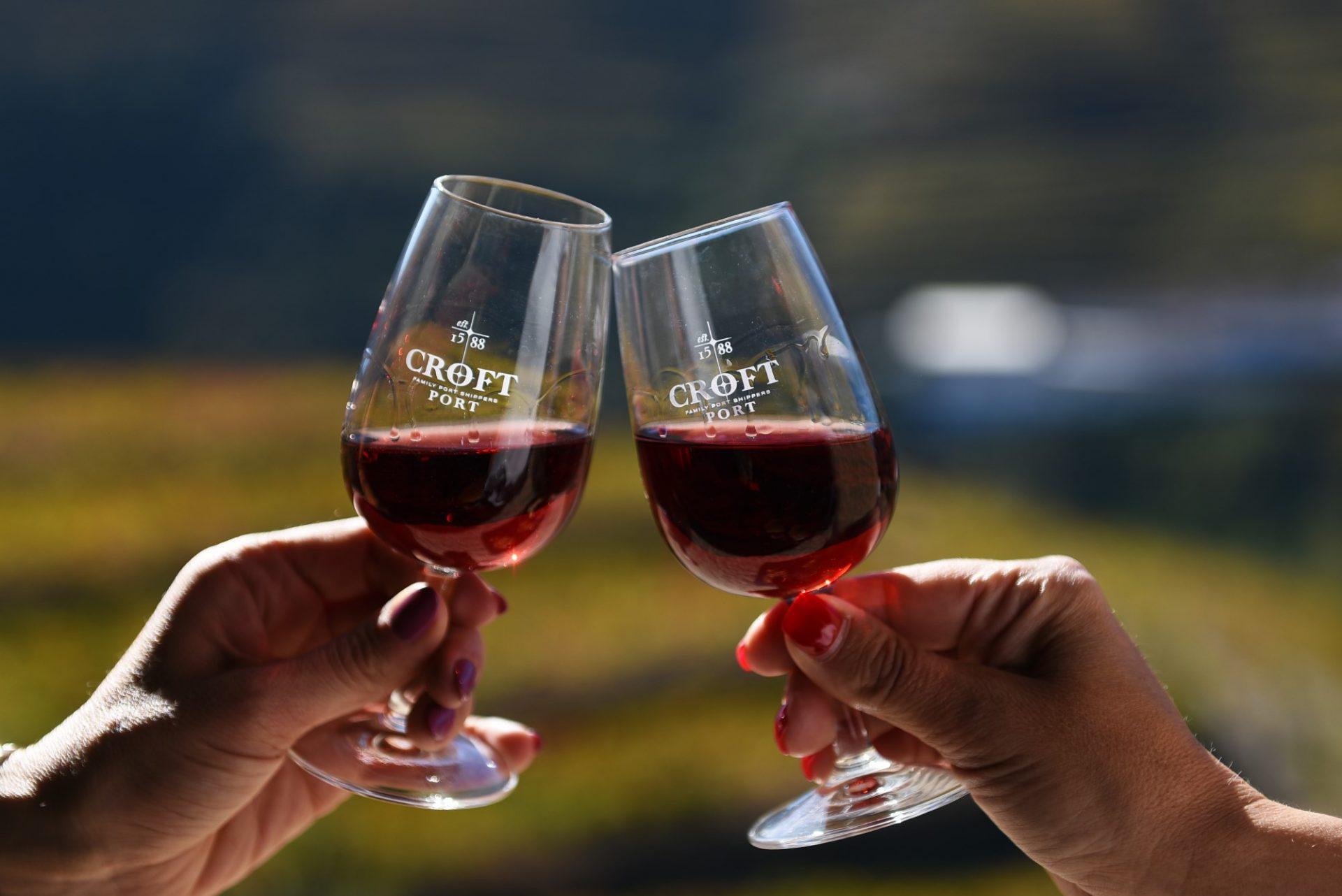 Conheca-os-diferentes-tipos-de-Vinho-do-Porto-scaled (1)