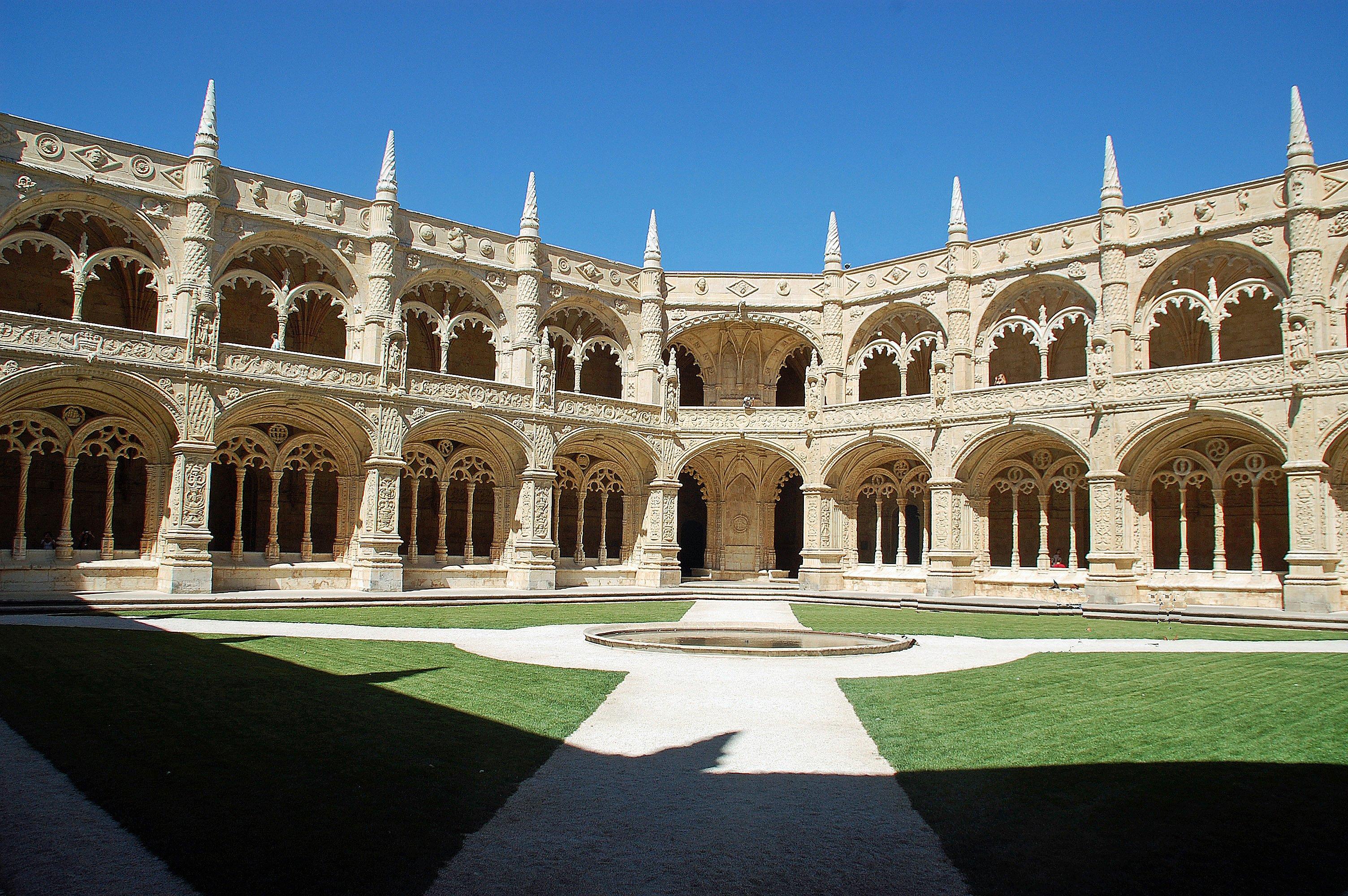 Jeronimos-Monastery-lisbon