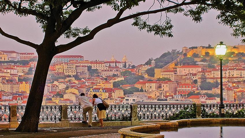 Lisbon Viewpoints; Lisbon Best Views; Miradouro São Pedro de Alcântara