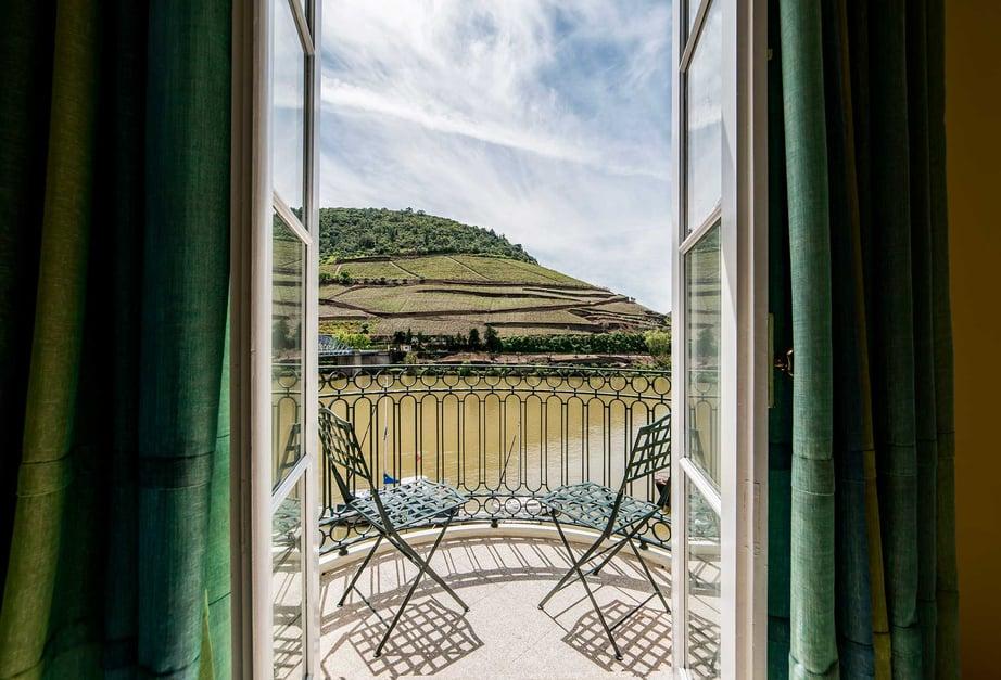 Master-Suite-Vintage-House-Douro-min (1)