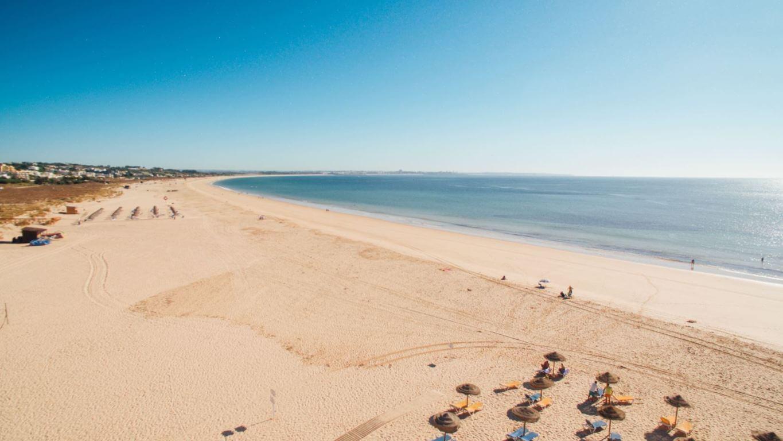 Meia-Praia-overview
