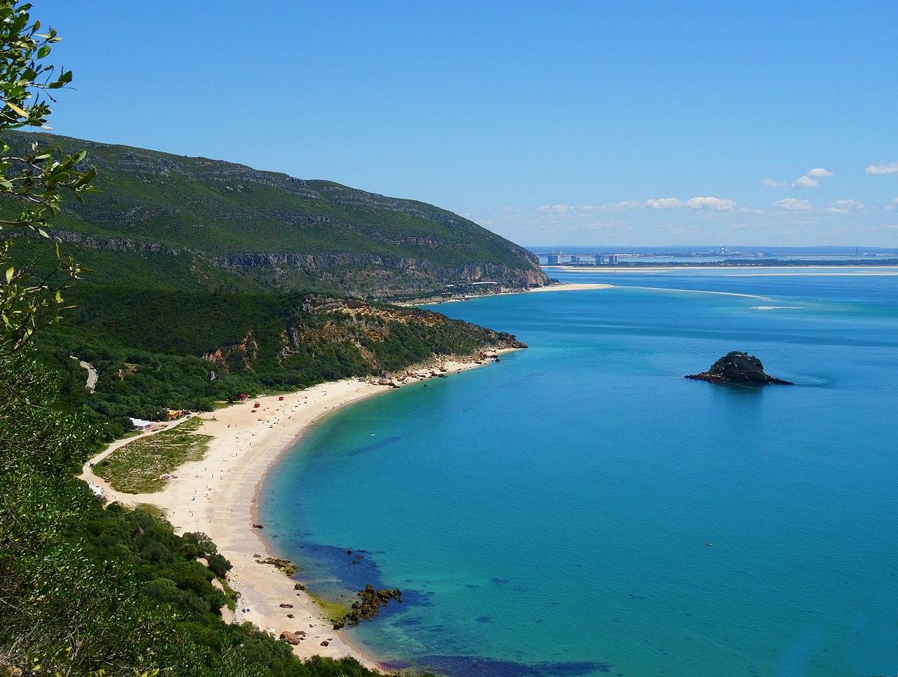 Portinho-da-Arrabida-Best-Beaches-in-Portugal