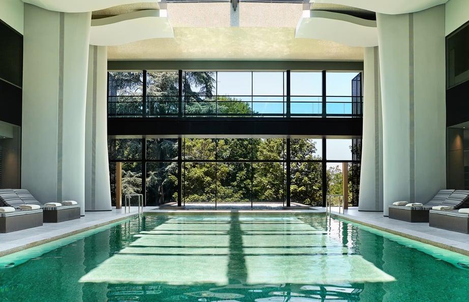 Spa_indoor_pool_[6183-A4]