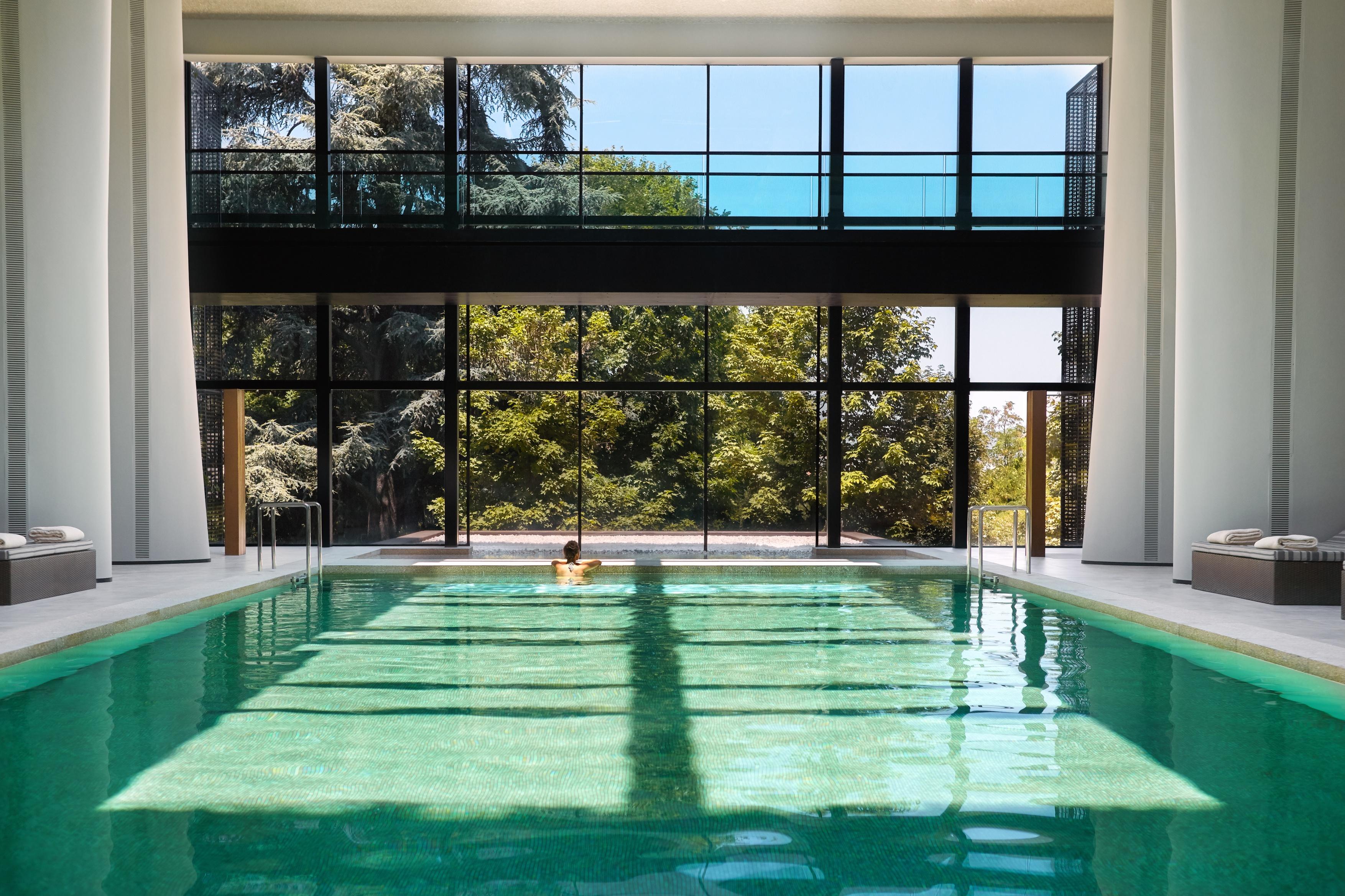 Spa_indoor_pool_model_6246-A4