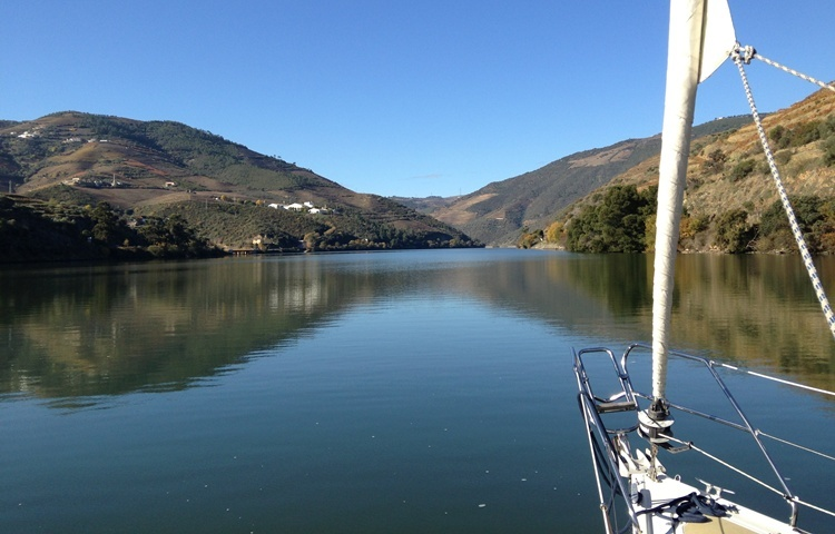 Douro Cruise in sailing boat.jpg