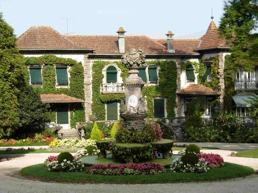 Quinta da Avelenda - Vinho Verde Wineries