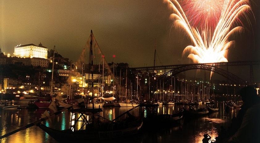 Portugal Winter Break  - New Year's Eve Fireworks in Porto