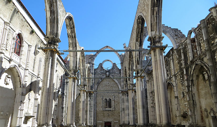 What to do in Lisbon - Carmo Convent