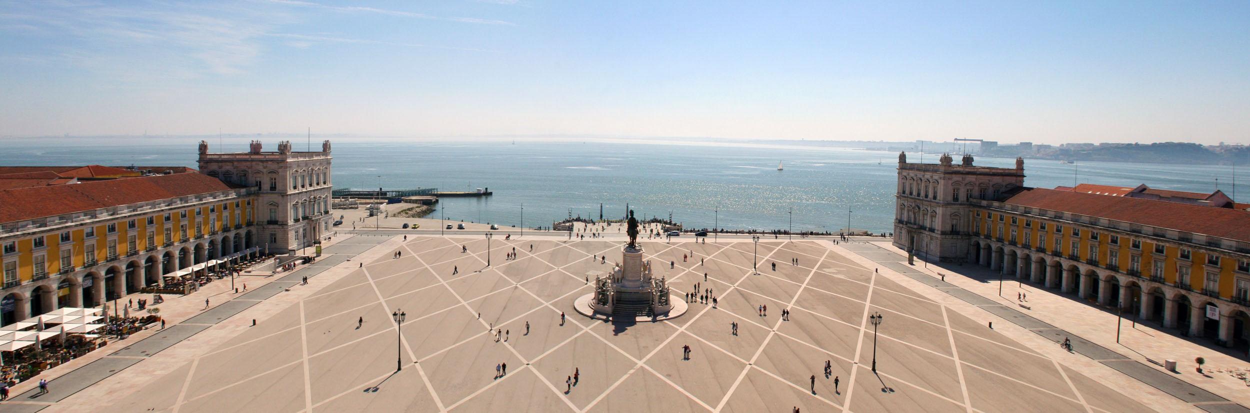 What to do in Lisbon - Terreiro do Paço