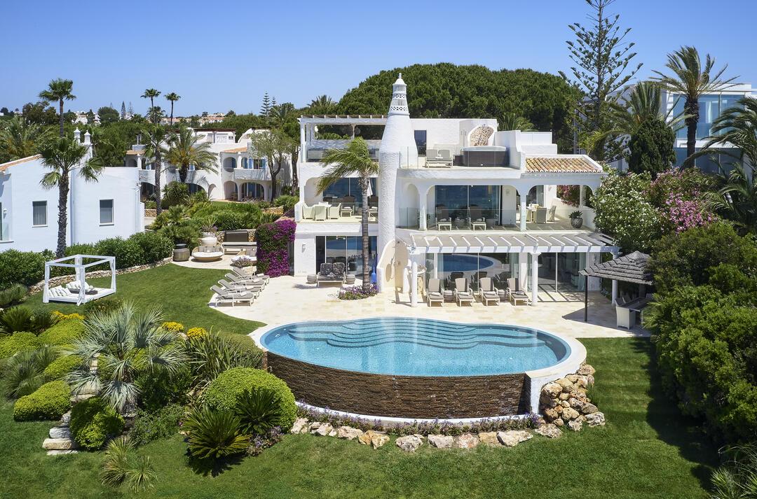 Bespoken Experiences: 3-Days Luxury Algarve Tour