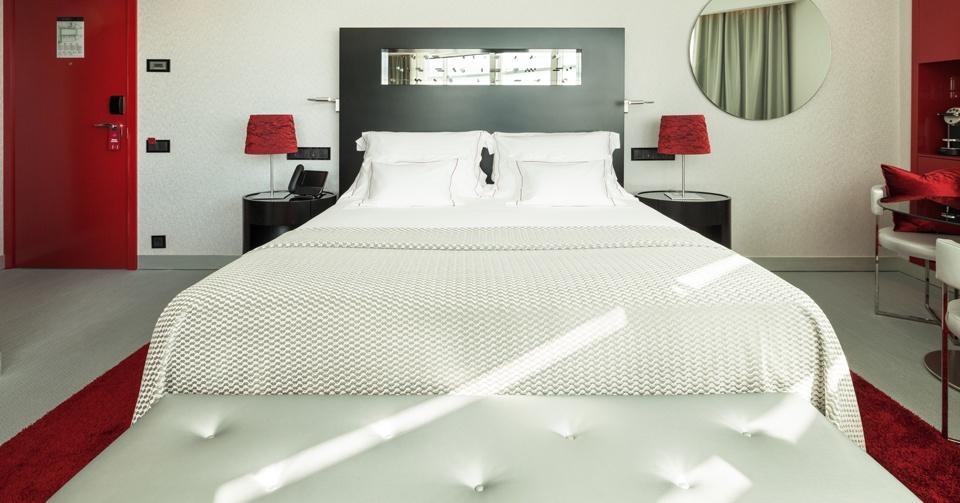 myriad by sana, luxury hotel awards, portuguese hotels, best hotels in portugal, luxury hotels in portugal, award-winning hotels, luxury hotels